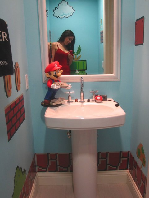 Super Mario Bros Bathroom Theme Pics Global Geek News