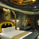 Batman hotel room is the coolest hotel room ever [pics]