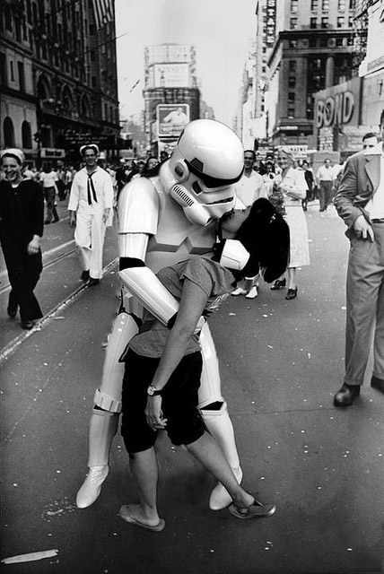 Stormtrooper kissing a random woman