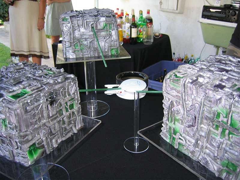 Borg Cubes wedding cake