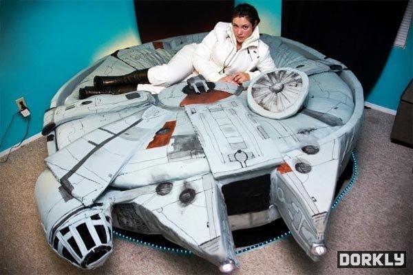 Terrific Star Wars Millennium Falcon Bed Pic Global Geek News Uwap Interior Chair Design Uwaporg