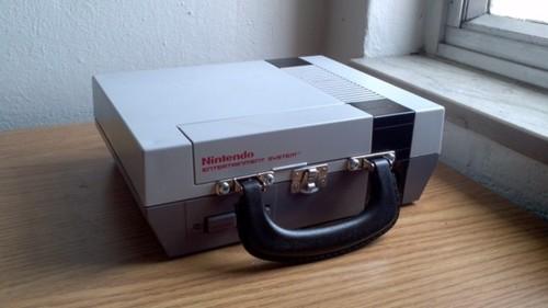 NES lunch box