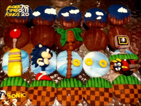 Sonic the Hedgehog Cupcakes