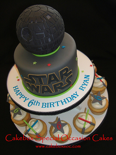 Amazing Star Wars Birthday Cake
