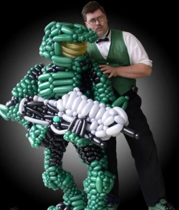 Master Chief Balloon Animal
