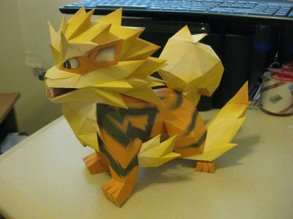 Papercraft Pokemon Arcanine