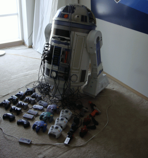 R2-D2 game console mod