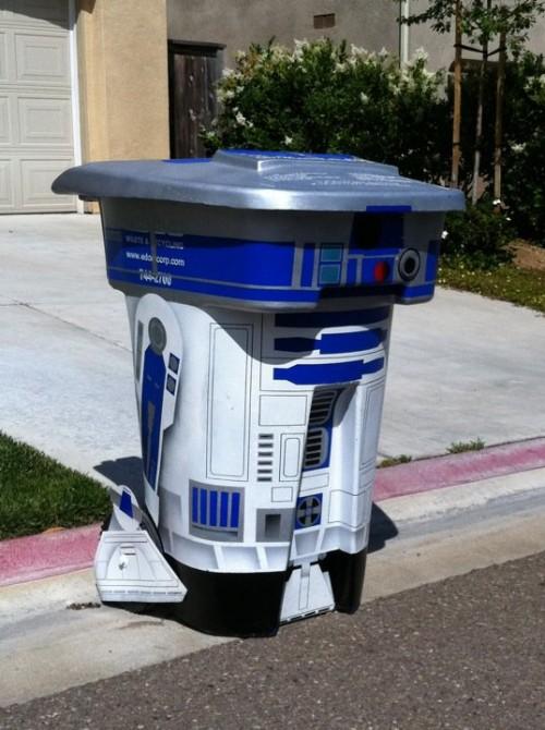 R2-D2 trash can mod