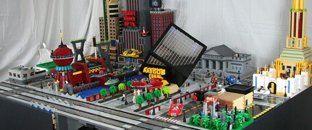 Futurama's New New York Made from LEGOs