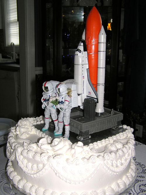 Space Shuttle Wedding Cake