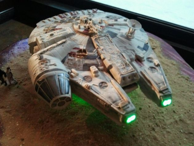 Star Wars Millennium Falcon Wedding Cake