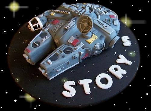 Star Wars Millennium Falcon Cake