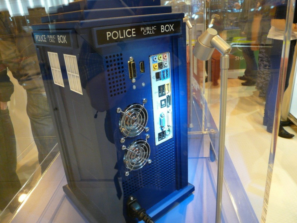 Doctor Who TARDIS PC Case Mod Back