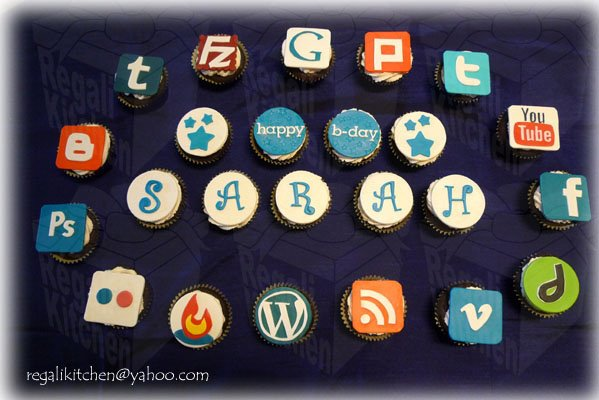Web and Software Icon Birthday Cupcakes