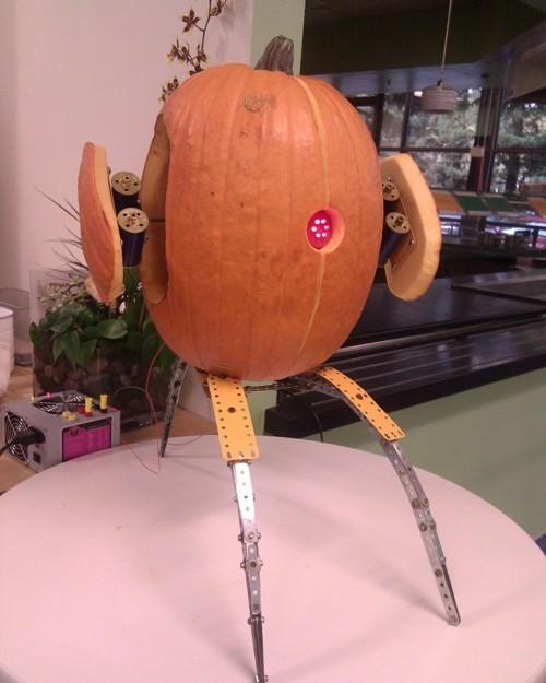 Portal Turret Pumpkin Carving