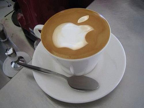 Apple Logo Latte Art