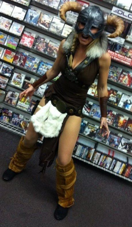 Female Skyrim Cosplay