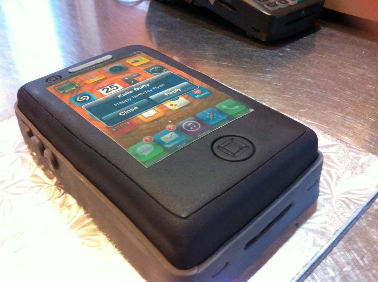 Apple Cell Phone Cake Ideas 60468 Happy Birthday Cake Pict