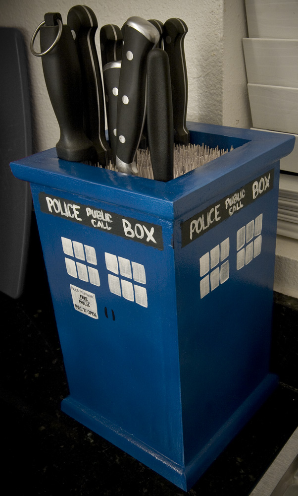 Doctor Who TARDIS Knife Block
