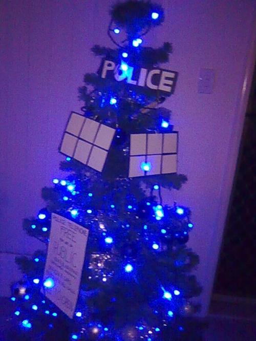 Doctor Who TARDIS Christmas Tree