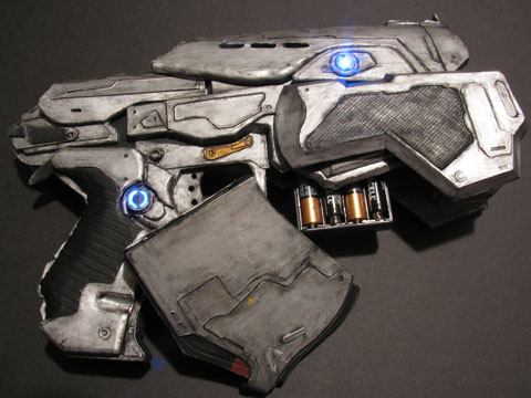 Gears of War Papercraft Snub Pistol