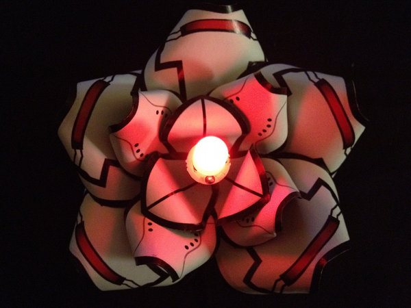 Papercraft Portal GLaDOS Hairflower with LED Light