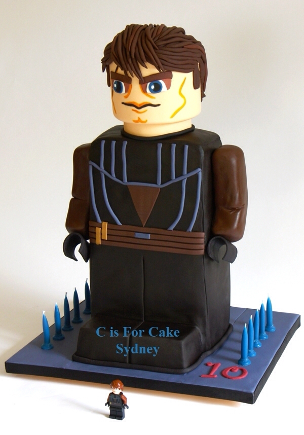 Anakin Skywalker LEGO Star Wars Minifig Birthday Cake
