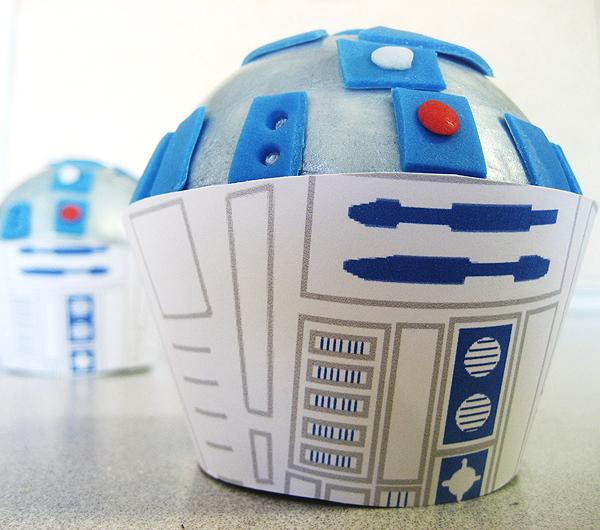 Star Wars R2-D2 Cupcakes