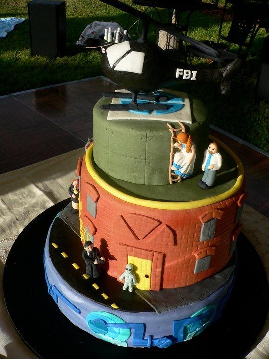 X-Files Wedding Cake