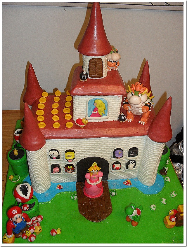 Amazing Super Mario Bros Gingerbread Castle