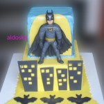 Cute Batman Cake [pic]