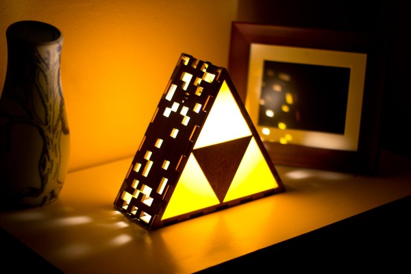 Legend of Zelda Triforce Lamp