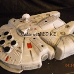 Awesome Millennium Falcon Cake [pic]
