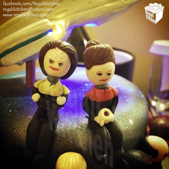 Star Trek Voyager Cake Close-Up