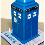 A TARDIS Birthday Cake with Working Light [pic]