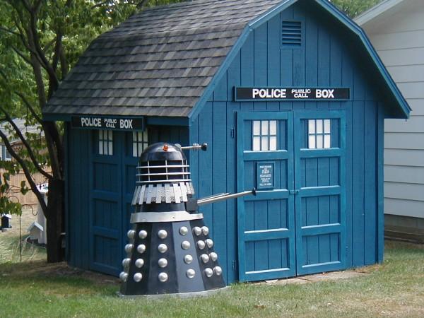 TARDIS Storage Shed and Dalek