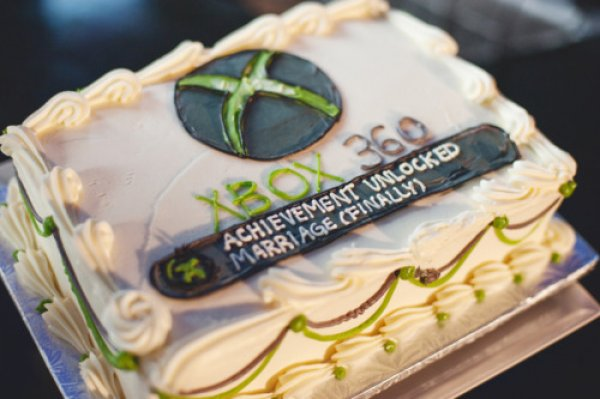 Xbox Achievement Wedding Cake