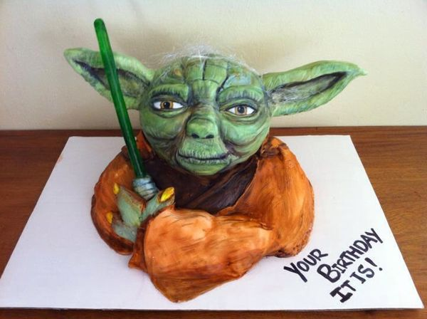 Star Wars Yoda Birthday Cake