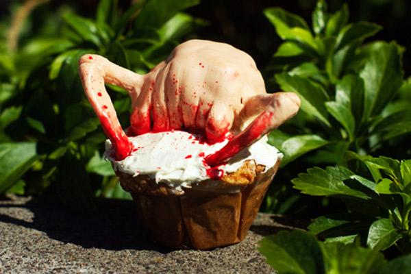 Bloody Half-Life Headcrap Cupcake