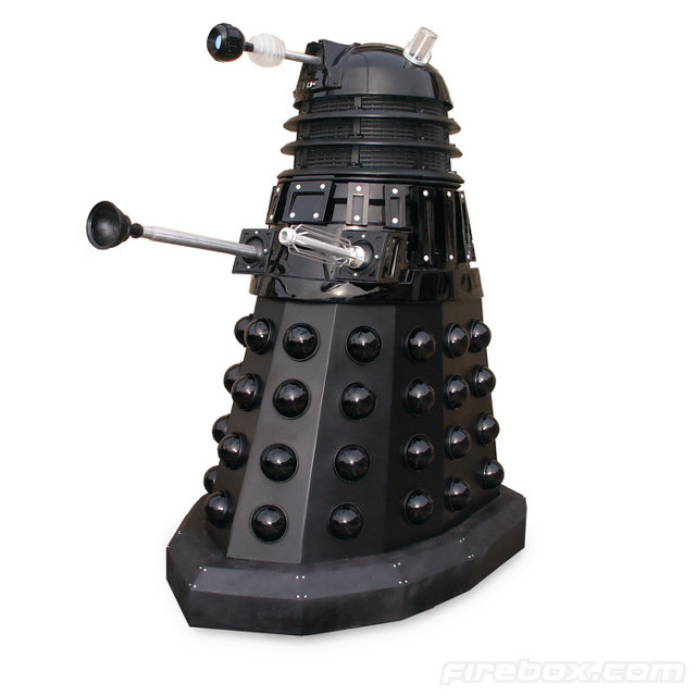 Official Replica Dalek