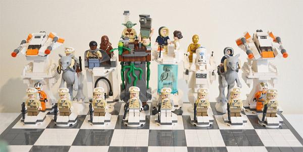 Star Wars LEGO Hoth Battle Chess Set Rebel Alliance