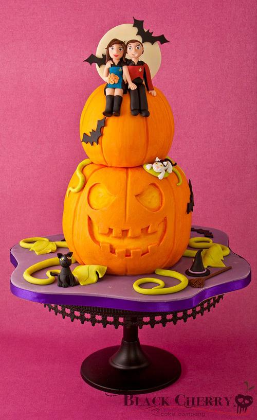 Star Trek Halloween Cake