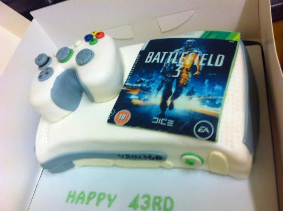 Xbox 360 with Battlefield 3 Birthday Cake pic Global Geek News
