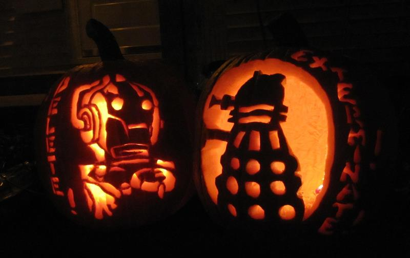 Doctor Who Dalek and Cyberman Halloween Carvings