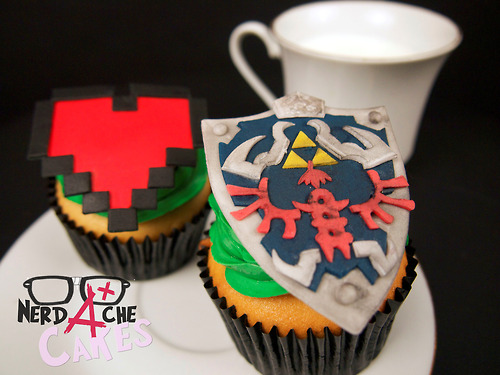 Legend of Zelda Hylian Shield and Heart Cupcakes