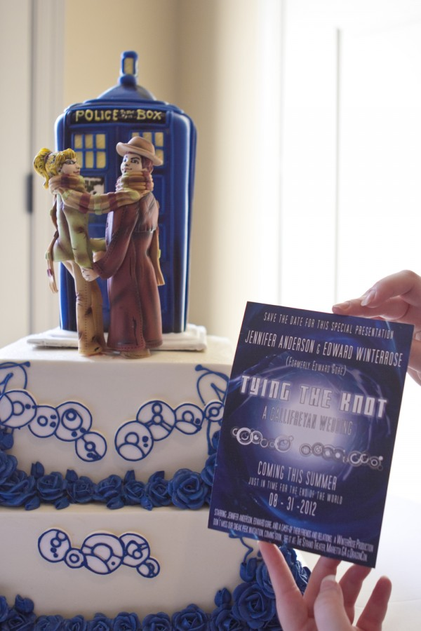 Gallifreyan Wedding Invitation and Cake