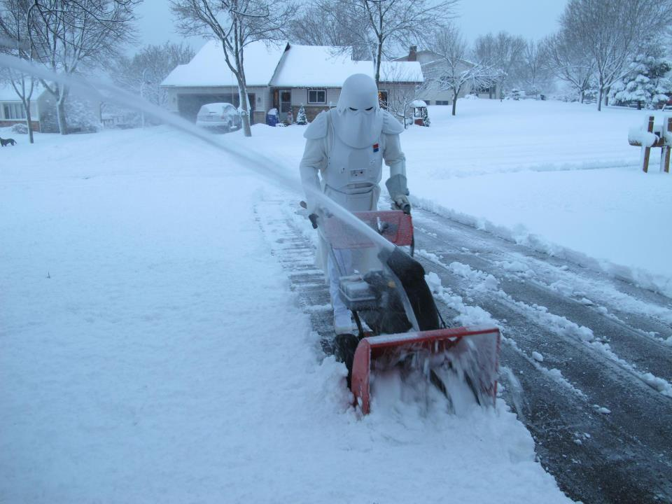 Star Wars Imperial Snowtrooper Clears Snow