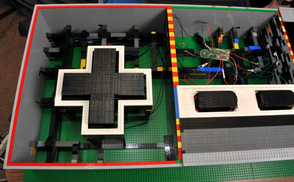 LEGO NES Controller Inside