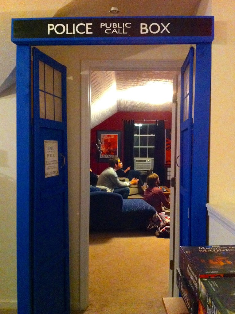 This tardis actually is bigger on the inside pics for Geek bedroom ideas