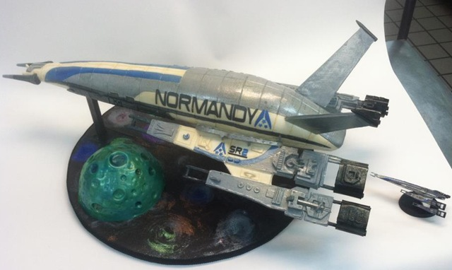 NORMANDY SR-2 Wedding Cake